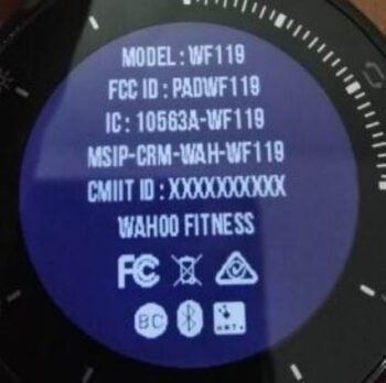 Display der Wahoo ELEMNT Rival Fitness-Uhr