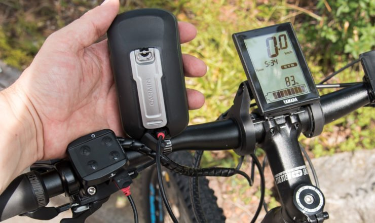 Garmin Oregon mit miniUSB am Yamaha laden